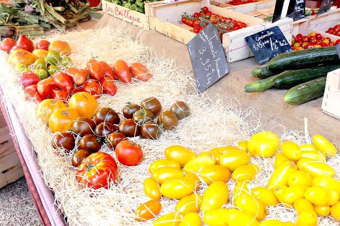 farm fresh tomatoes in Provence