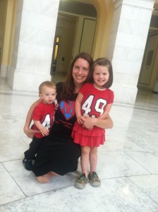 MomsRising member Clara Paynter and children joined advocates, other women and moms and Congressional leaders to speak out for fair pay.